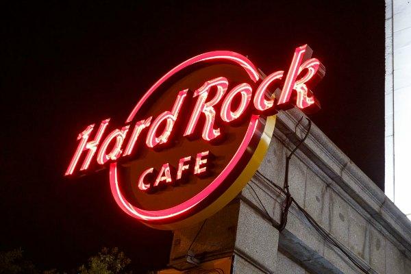 HARD ROCK CAFÉ MADRID, CULTO AL ROCK Y AL SABOR AMERICANO