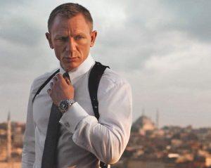El agente 007 ha usado siempre corbata o pajarita