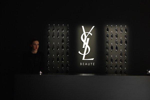 Yves Saint Laurent Hotel de La Belleza